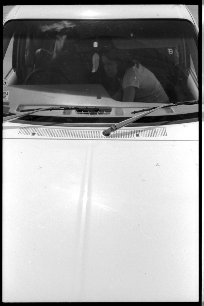 Victoria in car